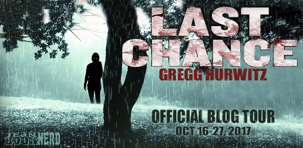 3 Winners will receive a Set Copy of LAST CHANCE Series (2 Books in Total) THE RAINS and LAST CHANCE by Gregg Hurwitz.
